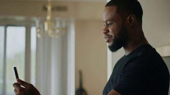 Verizon TV Spot, 'Connected by Pride' - Thumbnail 5