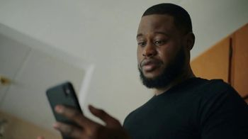Verizon TV Spot, 'Connected by Pride' - Thumbnail 7