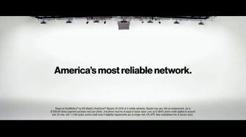 Verizon TV Spot, 'Yousafzai Sisters' - Thumbnail 8