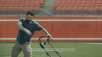 Progressive TV Spot, 'Baker Mayfield Mows His Lawn' - Thumbnail 7