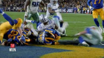 Pizza Hut $5'N Up Lineup TV Spot, 'Hut of the Week: Cowboys vs. Rams' - Thumbnail 4
