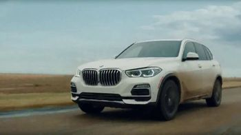 2019 BMW X5 TV Spot, \'Confidence Doesn\'t Take Detours\' [T2]