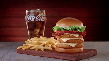 Jack in the Box Really Big Chicken Sandwich Combo TV Spot, 'Chucho' [Spanish] - Thumbnail 3