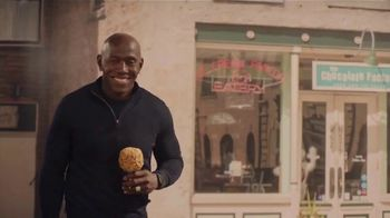 Wisconsin Department of Tourism TV Spot, \'Are You WisconsIN\' Featuring Donald Driver