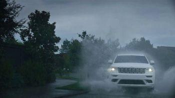 Jeep Grand Cherokee TV Spot, 'Weather' [T1] - Thumbnail 5