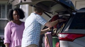 Chrysler 10 Days to Deal TV Spot, 'Talking Van: Doesn't Suck' [T2] - Thumbnail 2
