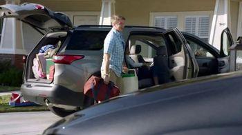 Chrysler 10 Days to Deal TV Spot, 'Talking Van: Doesn't Suck' [T2] - Thumbnail 3
