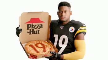 Pizza Hut TV Spot, 'Pizza With JuJu' Featuring JuJu Smith-Schuster - Thumbnail 4