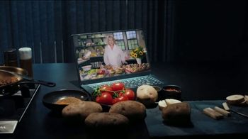 Postmates TV Spot, 'Burger and Fries' Featuring Martha Stewart - Thumbnail 3