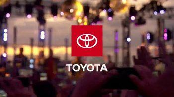 2020 Toyota Corolla TV Spot, '2019 VMAs: Remember the Moment: The Jonas Brothers' [T1] - Thumbnail 2