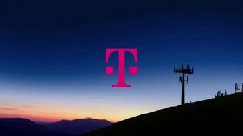 T-Mobile TV Spot, 'Más avanzada y la mejor cobertura' canción de George Michael [Spanish] - Thumbnail 1