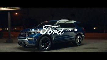 2020 Ford Explorer TV Spot, 'Nighttime Adventures' [T1] - Thumbnail 9