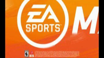 Madden NFL 20 TV Spot, 'Victory Bath' Featuring JuJu Smith-Schuster - Thumbnail 9