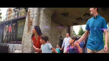 Disneyland TV Spot, 'Disney Junior: Star Wars: Galaxy's Edge' - Thumbnail 3
