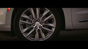 Cadillac XT6 TV Spot, 'Crew' Featuring Joel Klatt, Gus Johnson [T1] - Thumbnail 8