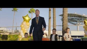Cadillac XT6 TV Spot, 'Crew' Featuring Joel Klatt, Gus Johnson [T1] - Thumbnail 2