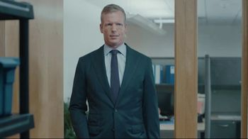 Lowe's TV Spot, 'Shelf Town' Featuring Chris Simms and Rodney Harrison - Thumbnail 5