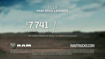 2019 Ram 3500 TV Spot, 'Torque' Song by Stone Temple Pilots [T2] - Thumbnail 10