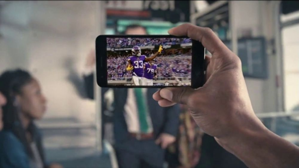 Yahoo! Sports TV Commercial, 'Beatboxer'