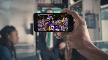 Yahoo! Sports TV Spot, 'Beatboxer' - Thumbnail 6