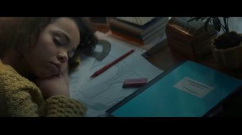 Staples Classroom Rewards TV Spot, 'Back To School: Art Fair' - Thumbnail 7