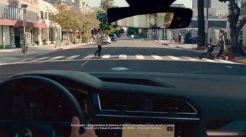 2019 Volkswagen Tiguan TV Spot, 'Jardín comunitario' [Spanish] [T1] - Thumbnail 4