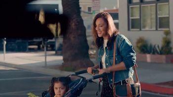2019 Volkswagen Tiguan TV Spot, 'Jardín comunitario' [Spanish] [T1] - Thumbnail 6