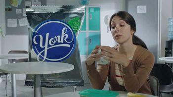YORK Peppermint Pattie TV Spot, 'Tammy: York Mode' - Thumbnail 3