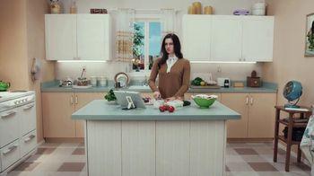 Postmates TV Spot, 'How to Make a Greek Salad' Featuring Martha Stewart - Thumbnail 3