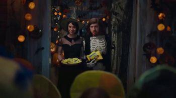 Butterfinger TV Spot, 'Trick or Treat' - Thumbnail 2