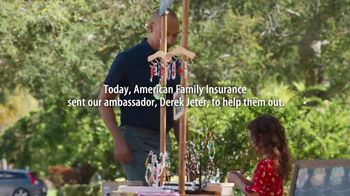 American Family Insurance TV Spot, 'Small Business, Big Dreams: Ultimate Dream' Feat. Derek Jeter - Thumbnail 4
