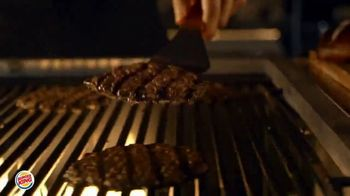 Burger King Pretzel Bacon King TV Spot, 'Crowned With Pretzel Bun' - Thumbnail 3