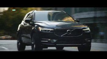 2019 Volvo XC60 TV Spot, 'Jogger' [T2] - Thumbnail 3