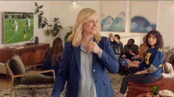 XFINITY Gig Speed Internet TV Spot, 'Fan Favorite Venue: $29.99 a Month' Featuring Amy Poehler - Thumbnail 5