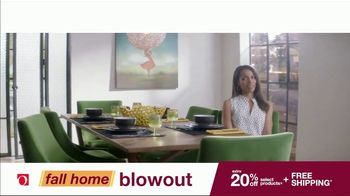 Overstock.com Fall Home Blowout Sale TV Spot, 'Table Runner' - Thumbnail 5