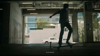 Advil TV Spot, 'Power Over Pain' Featuring Neal Unger - Thumbnail 4