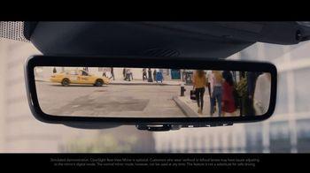 2020 Range Rover Evoque TV Spot, 'ClearSight Rear-View Mirror' [T2] - Thumbnail 7