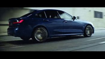 2019 BMW 3 Series TV Spot, 'Technology' Song by Dennis Lloyd [T1] - Thumbnail 4