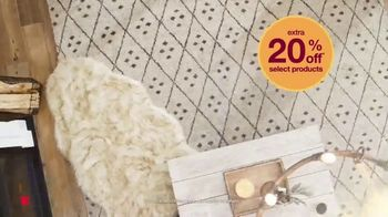 Overstock.com Fall Home Blowout TV Spot, 'Cozy Up to Savings' - Thumbnail 7