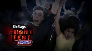 Six Flags Fright Fest Opening Sale TV Spot, 'Take Your Fear for a Ride' - Thumbnail 4
