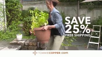 Tommie Copper Lower Back Support Shirt TV Spot, 'As Simple As Getting Dressed: Save 25 Percent' - Thumbnail 9