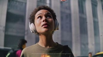 Bose Noise Cancelling Headphones 700 TV Spot, 'It's Beautiful Up Here' - Thumbnail 7