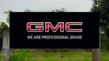 GMC TV Spot, 'Heroes Among Us: Safe Passage' [T1] - Thumbnail 9