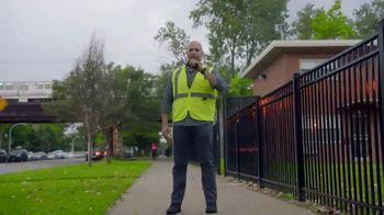 GMC TV Spot, 'Heroes Among Us: Safe Passage' [T1] - Thumbnail 7