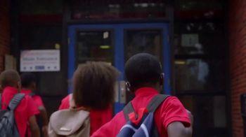 GMC TV Spot, 'Heroes Among Us: Safe Passage' [T1] - Thumbnail 8