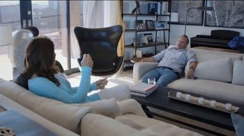 HBO TV Spot, 'Buzz' - Thumbnail 4