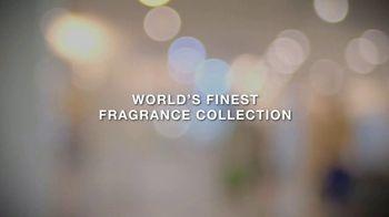 Valentino Fragrances TV Spot, 'Born in Roma' Featuring Adut Akech, Anwar Hadid - Thumbnail 10