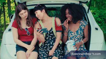 Spectrum Reach TV Spot, 'Summer' - Thumbnail 6