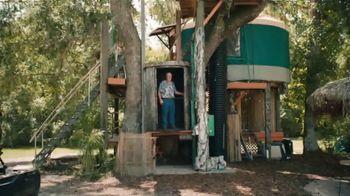 Airbnb TV Spot, 'Host Chorus' - Thumbnail 8