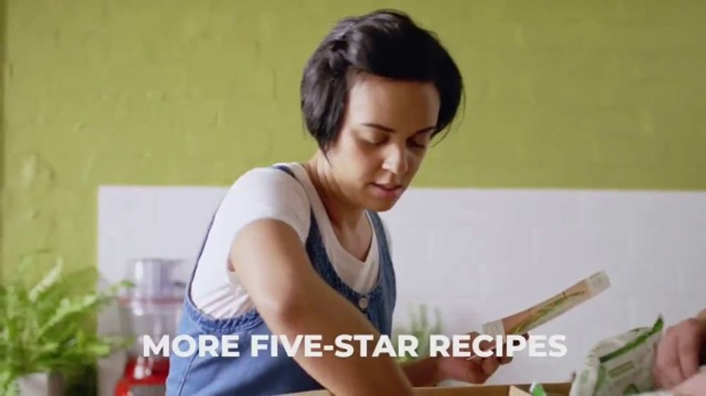HelloFresh TV Commercial, 'Fresh Ingredients: Eight Free Meals'